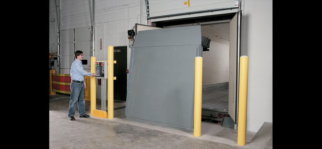 Sàn nâng đứng RHV-4100