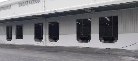 Bàn Giao Dự Án 44 Bộ Dock Leveler Rite-Hite Đến Khách Hàng Bình Dương